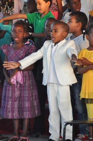 A dapper choir member
