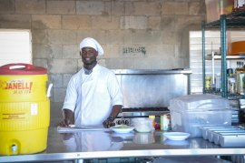 Yuleisy's husband Johan joined the Freedom team this month! He's working in the kitchen!